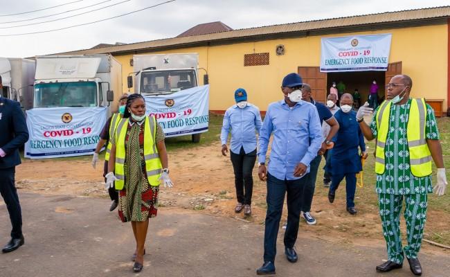 Lagos sets up emergency makeshift neighbourhood food markets