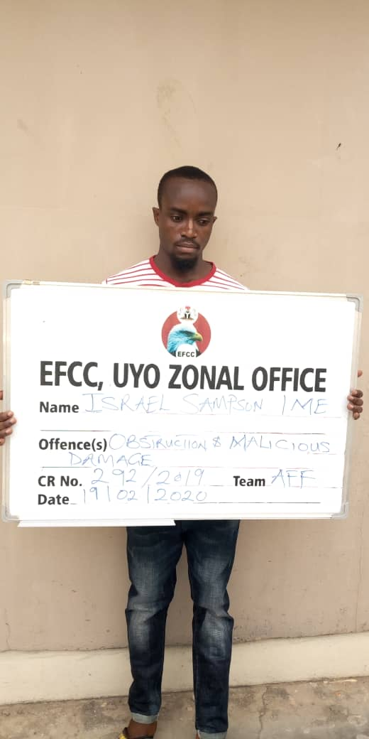 EFCC arraigns two persons obstructing arrest of 'money launderer' in Uyo