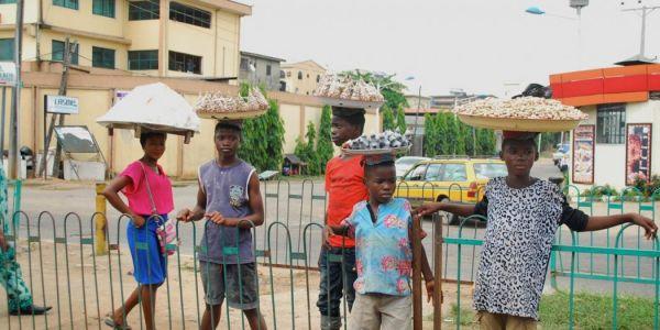 Coronavirus: Children now exposed, hawk items on streets, markets in Ilorin