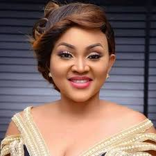 Lockdown : Outrageous power supply Nigerian celebrity laments