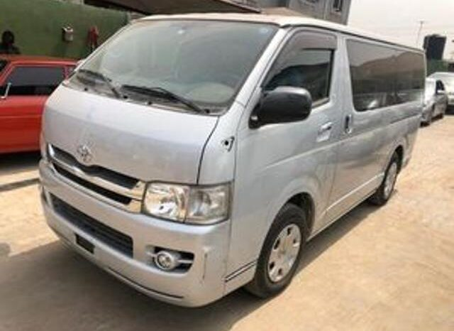 Why Drivers are  Appealing  for 500 Mini-buses in C' River
