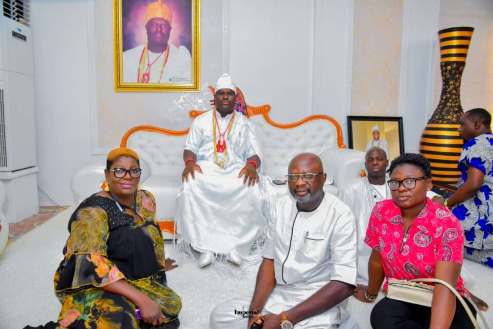 A COURTESY VISIT TO HIS IMPERIAL MAJESTY