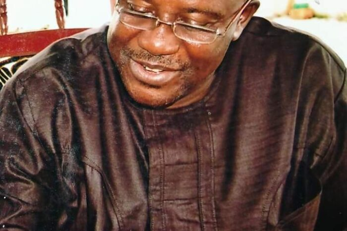 Overhaul Your Cabinet, APC Chieftain Charges Buhari