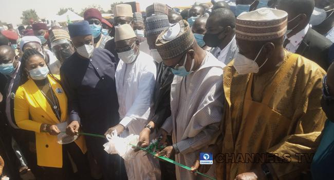 Buhari Flags Off Nigeria-Niger Railway Project
